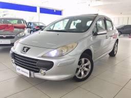 Peugeot 307 Presence Pack 1.6 MT - 2010 - Financia 100%