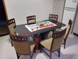 Mesa de Jantar em madeira Medidas 1,71 x 91 com 6 cadeiras