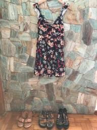 Vestido floral, malha super confortável, com detalhe entre os seios, marca Fiveblu