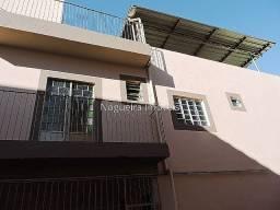 Casa triplex, 3 quartos, garagem - Bairro de Lourdes