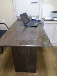 Mesa de granito para escritório