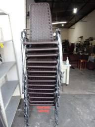 Cadeiras p/ varanda ferro e junco. Pçs novas. $ 115,00 Cd