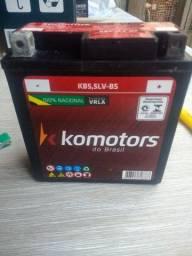 Bateria Komotors KB5;5LV-BS nova na Caixa