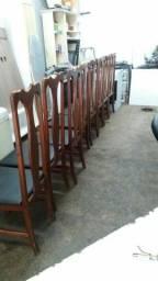 cadeira De madeira usada valoú 480