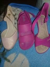 Vendo  sandálias infantil barato