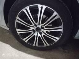 Aro 17 4x100  pneus meia vida pra mais