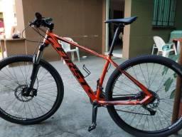 R$ 3.300,00 Bicicleta First Atymus 29 Quadro 17,5