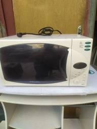 Vendo micro-ondas r$ 330,00
