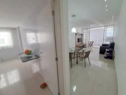 Apartamento Mobiliado de 3 Quartos, sendo 1 Suíte com Varanda virada para o mar, Ampla Sal