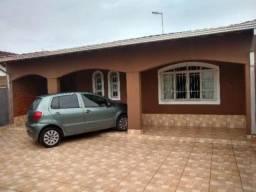 Casa à venda com 03 quartos, 276 m² - CA033-F LC