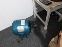 Título do anúncio: Motor elétrico trifasico
