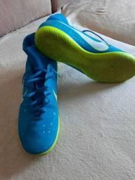 Chuteira Nike - Salão