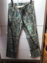 Calça jeans estampada tamanho 38