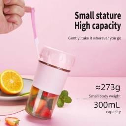 Mini liquidificador portátil recarregável usb 300ml (NOVO)!!