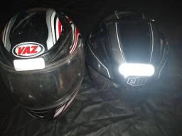 Vendo dois capacetes 70 reais