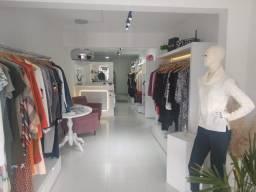 Vendo loja de roupas femininas no centro de Almirante Tamandaré