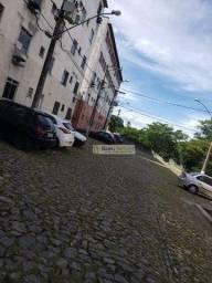 Apartamento com 2 dormitórios à venda, 42 m² por R$ 60.000 - Novo Cavaleiro - Macaé/RJ