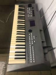 Synthesizer Yamaha MM6 mesa de som staner , Equalizer , DVX para DJ