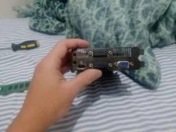 Placa de video GTX 750 ti 2gb