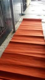 2 carpetes cada 6mts cpm por 1 de larg.