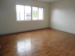 Apartamento para alugar com 3 dormitórios em , cod:I-022103