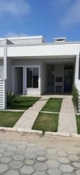 Yf- Casa com 2 dormitórios! Rio vermelho/Florianópolis!