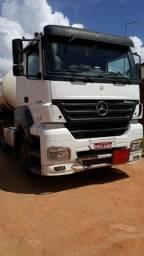Caminhão Axor 2540 - 2008