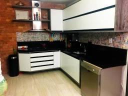 Casa no Condomínio Jatobá, com: 3 quartos, sendo uma suíte // #área gourmet com piscina