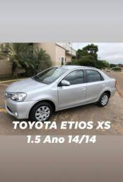 TOYOTA ETIOS XS 1.5 Ano 14/14 - 2014
