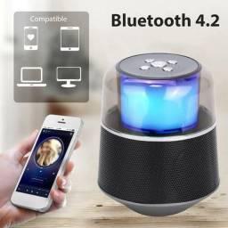 Caixinha de som via Bluetooth de led $70 Nova