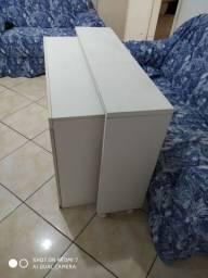 Mesa para computador em MDF branco em ótimo estado