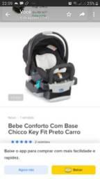 Bebê conforto com base para automóvel e conj. De bolsa