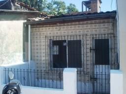 Casa 200 Mil, na Rua Curuçá próx. a Tv. Rosa Moreira