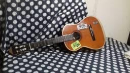 vendo um violão seminário novo