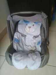 bebê conforto  (unissex)