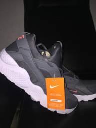 Tênis Nike air haurache