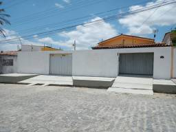 Alugo excelente casa na Palmeira