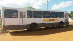 Ônibus Mercedes 2004