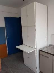 Armário de Cozinha de madeira maciça e Cadeiras para escritório!