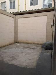 Apê com área externa, 2 quartos, condomínio Gaia