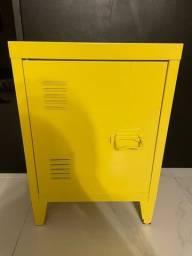 Título do anúncio: Mesa de Cabeceira Amarela Tok&Stok