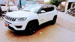 Jeep compas top kit Premium 30 mil km rodados barato