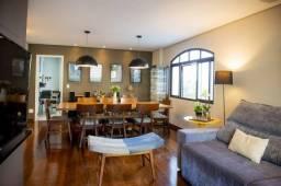 Belo Apartamento em Vila Madalena, com 4 dormitórios, sendo 1 suíte, 3 vagas e área de 130