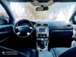 Ford Focus sedã