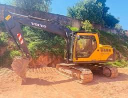 Título do anúncio: Escavadeira hidráulica Volvo EC140BLC (14 toneladas)