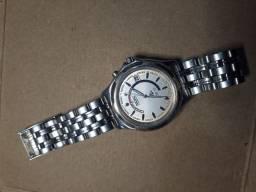 Relógio Seiko kinetic R$900,00