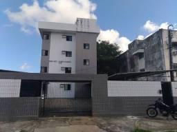 Título do anúncio:  Edf. Vet. José Afonso, no Engenho do Meio, próximo a colégios Souza Vera, UFPE, Bancos