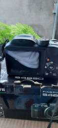 Câmera FUJIFILM FINEPIX S4830