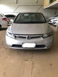 Honda/ Civic LXS 1.8 automático