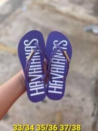 Sandálias masculinas e femininas